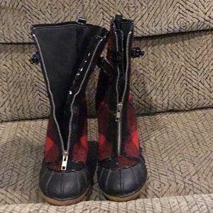 DR3) Women's Michael Kors, Winter Boots